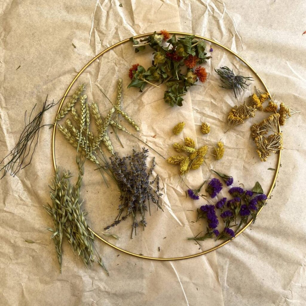 Boho-Kranz aus Trockenblumen - Material